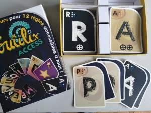 Le jeu Toutilix Access propose des cartes en relief et en braille.